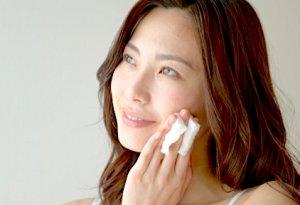 収れん化粧水 拭き取り化粧水